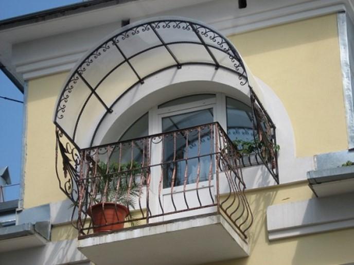 Из чего сделать крышу балкона?