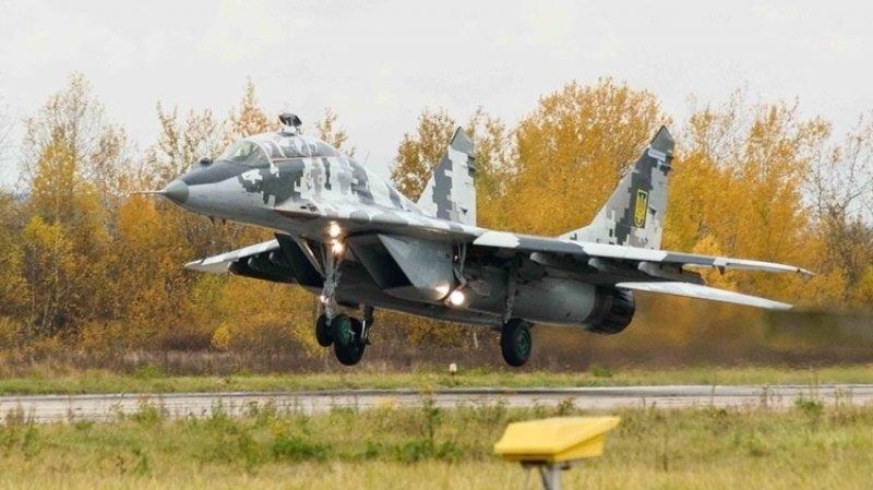 Крымский депутат рассказал  судьбе оставшихся на полуострове украинских МиГ-29