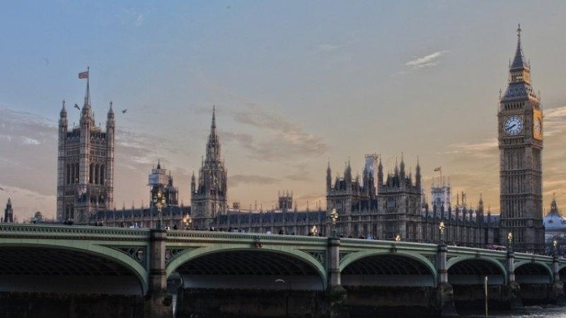 Мэра Лондона круглосуточно охраняют из-за множественных угроз