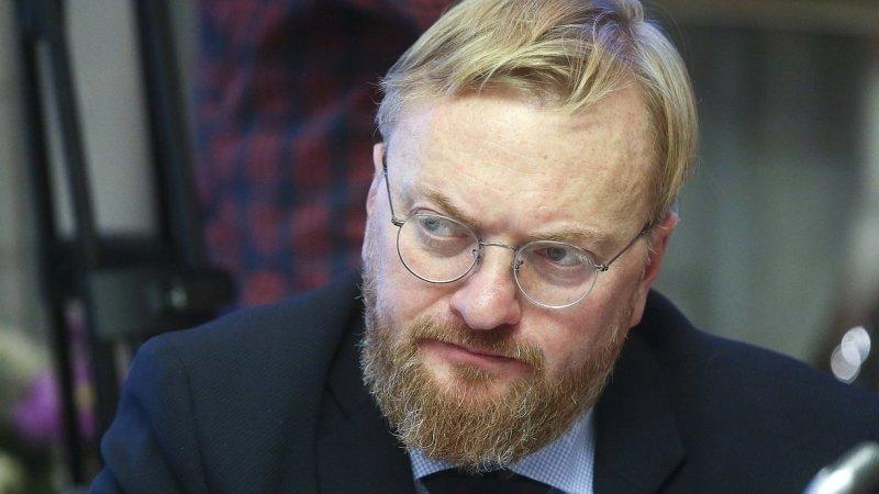 Милонов удивился, что Резника еще не посадили за шантаж застройщиков и наркотики