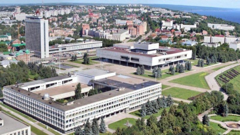 Торговые центры, аэропорт и вокзалы Ульяновска эвакуируют из-за угрозы минирования