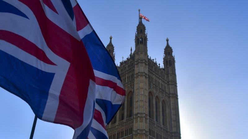 Партия Brexit вышла вперед на выборах в Европарламент в Великобритании