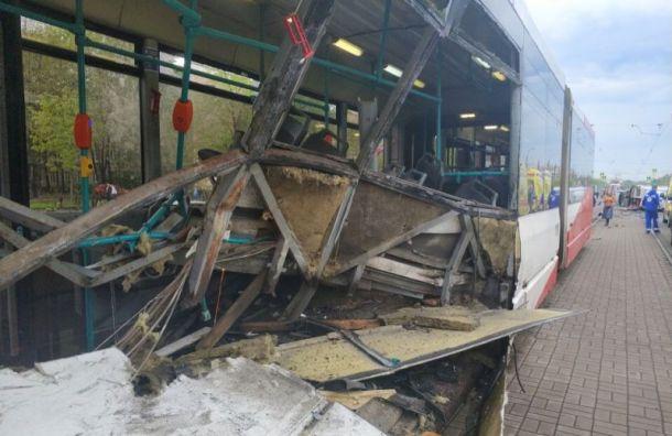 Количество пострадавших вДТП наБухарестской выросло до6 человек