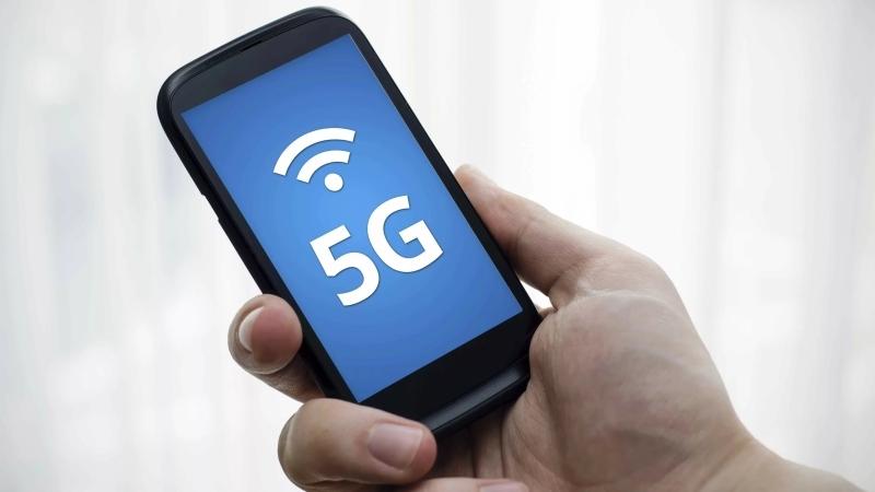 Уличные фонари Петербурга могут стать передатчиками для связи5G