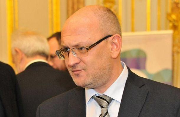 Злоумышленники сняли порядка 100 тысяч рублей скарты жены Резника