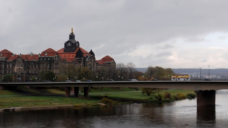 Парусник затонул после столкновения с контейнеровозом в Германии