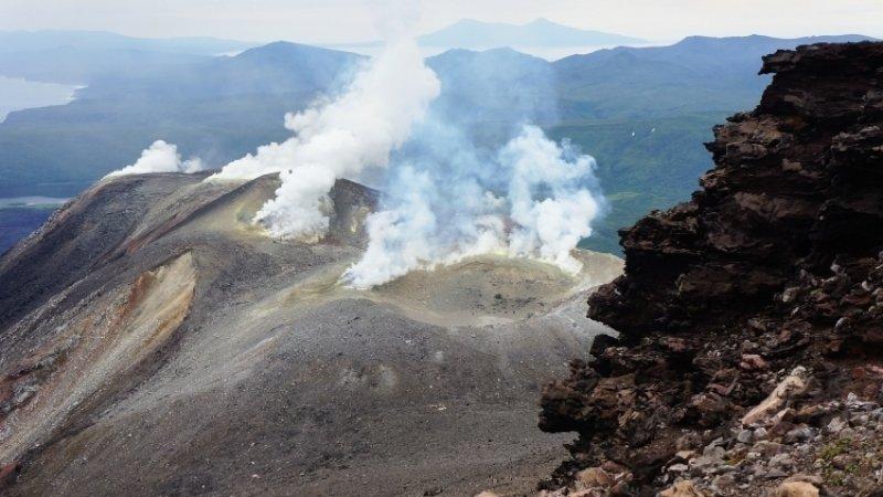 Извержение вулкана уничтожило флору и фауну на курильском Райкоке