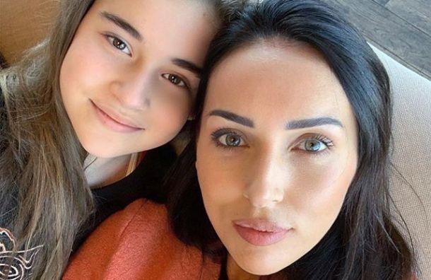 Дочь певицы Алсу потратила выигранный миллион наблаготворительность