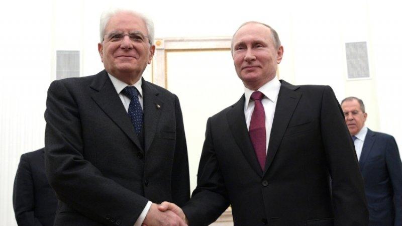 Путин прибыл на встречу с итальянским президентом