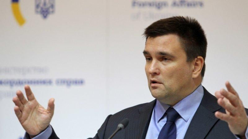 Климкин посоветовал Зеленскому встречаться с Путиным при украинских партнерах