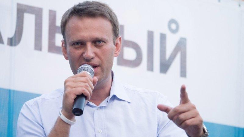Навальный выдает аллергию за отравление
