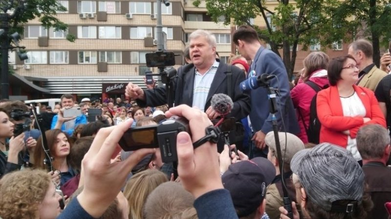 МГИК рекомендовал не отказывать Митрохину в регистрации кандидатом в МГД