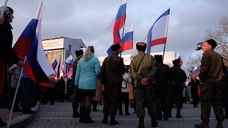 Крымчан оскорбляет особый порядок выдачи виз в Европу