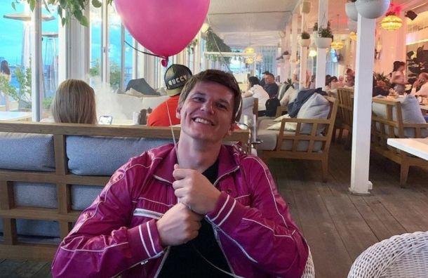 Андрей Аршавин окончательно развелся сженой