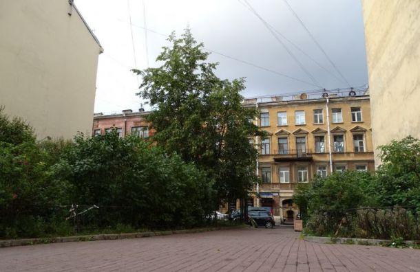 Беглов: город расширит музей Достоевского, нелишая горожан сквера