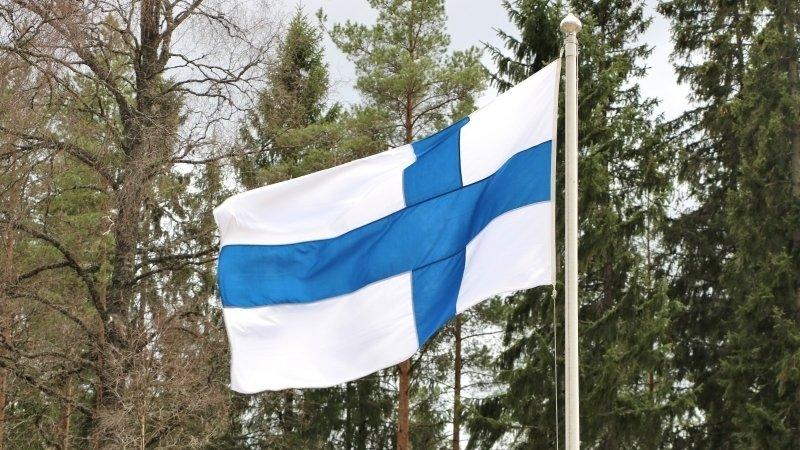 Финляндия ужесточила визовые требования для граждан России
