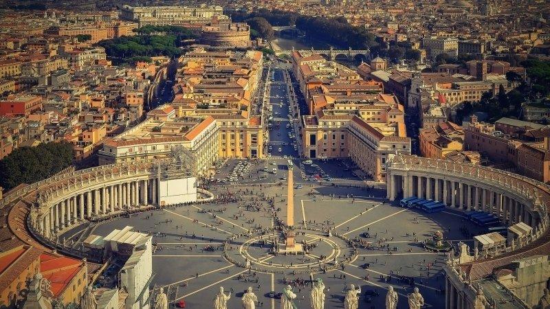 Выходец из Ирака, угрожавший совершить суицид, арестован в Ватикане