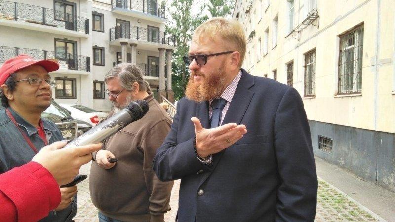Милонов не нашел ничего жесткого в разрешении от омбудсмена «шлепать»  детей