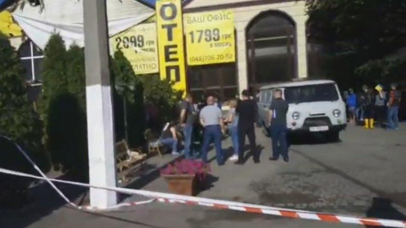 Восемь человек погибли в Одессе в результате пожара в гостинице