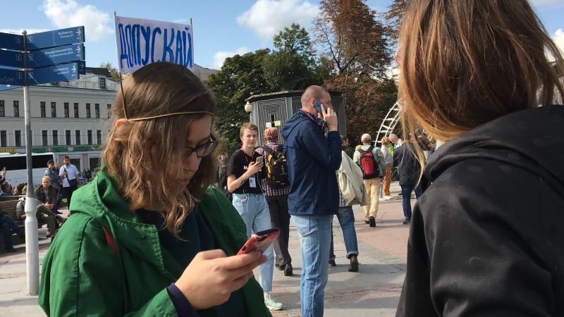 Ковалев призвал провести беседу с родителями детей, задержанных на митинге в Москве