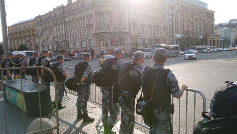 Полиция опять задержала фальсификатора Яшина за призывы к беспорядкам в Москве
