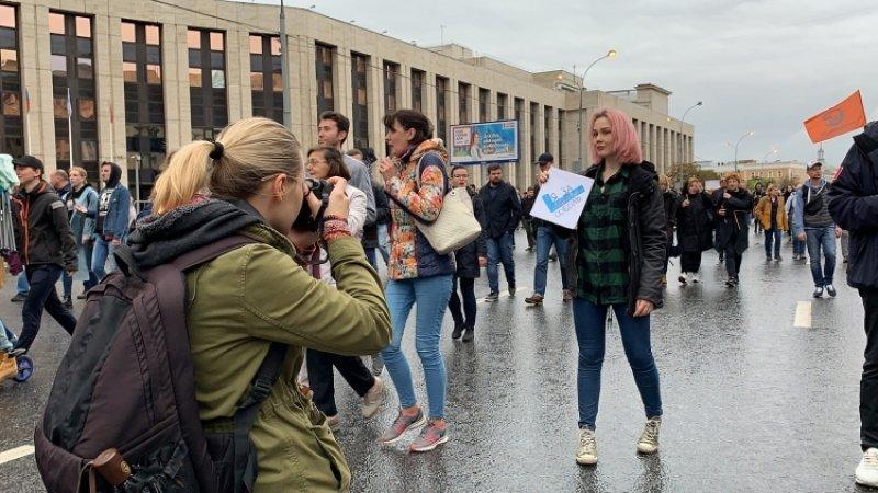 Суд рассмотрит в закрытом режиме дело родителей, взявших ребенка на митинг