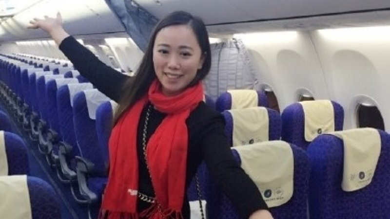 Пьяная китаянка устроила на борту самолета дебош и покусала стюардессу