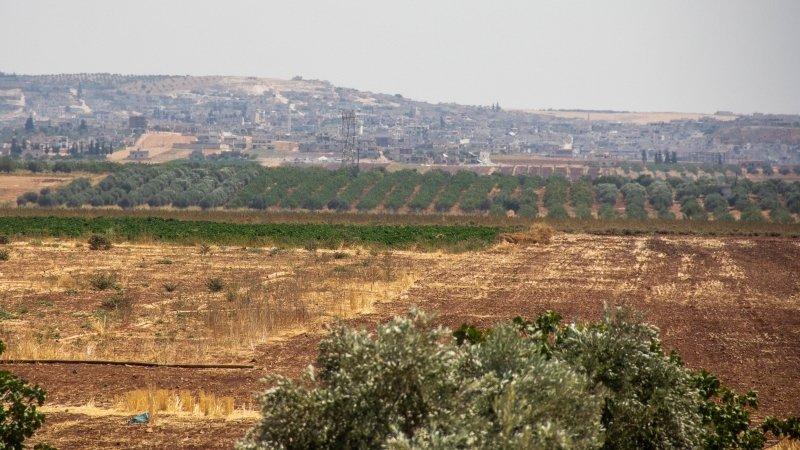 Боевики перекрыли коридор для выхода беженцев из Идлибской зоны деэскалации