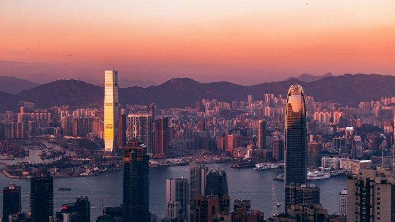 Гонконг вслед за США понизил базовую ставку до 2,25 процентов