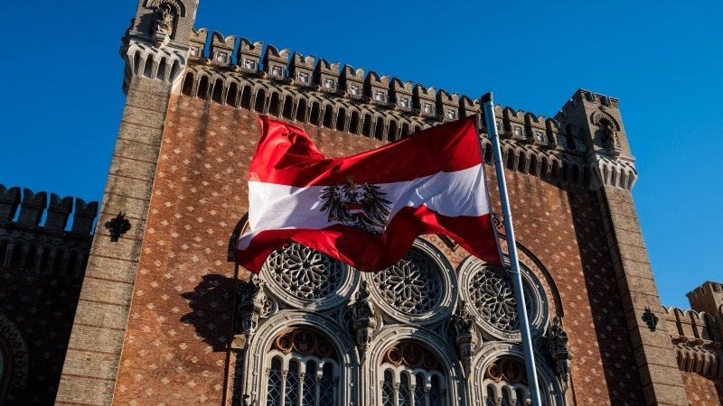 Парламентские выборы стартовали в Австрии