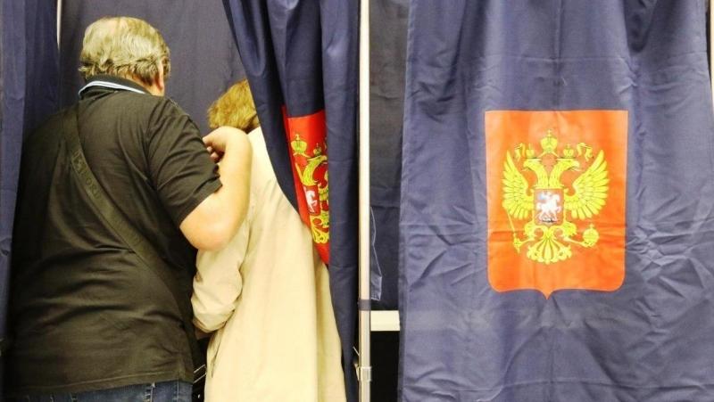 «Оппозиционеров» оштрафовали в Петербурге за нарушения при голосовании