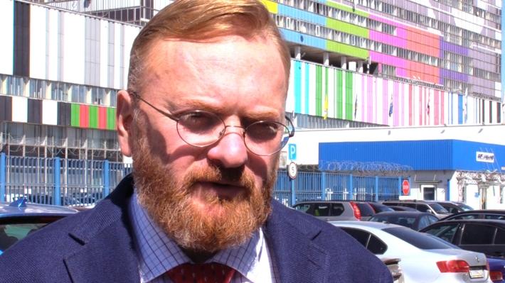 Милонов призвал Киргизию не обижаться на Малахова из-за эфира о смертельном ДТП