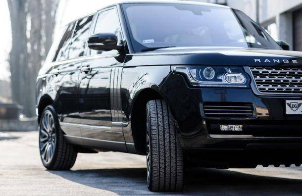 Укоммерческого директора увели из-под носа новый черный Range Rover