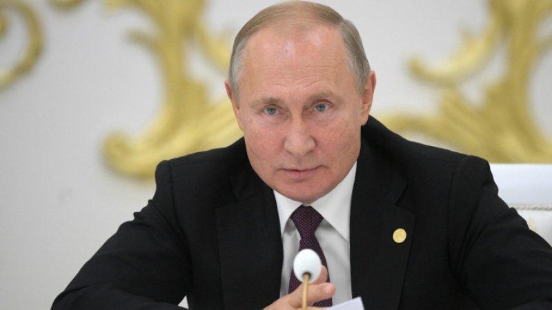 Кортеж Путина в ОАЭ в сопровождении автомобилей «ДПС» опубликовали в Сети