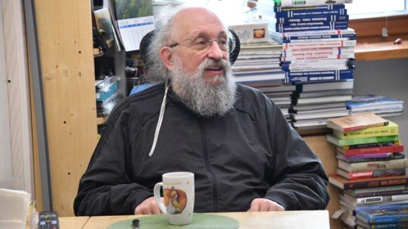 Вассерман считает, что отстраненного от саммита боевика Хадиа нужно было арестовать