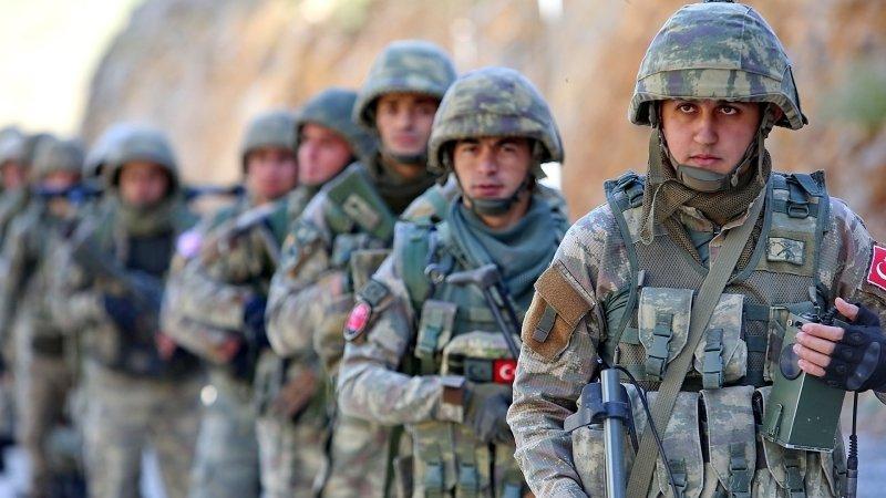 Турция захватила почти 200 освобожденных курдами боевиков ИГ* на севере Сирии