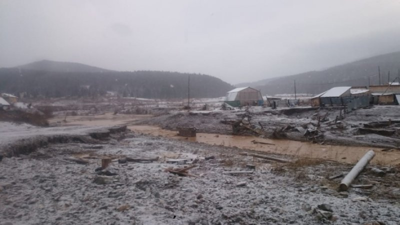 Число жертв разрушения дамбы в Красноярском крае увеличилось до 15