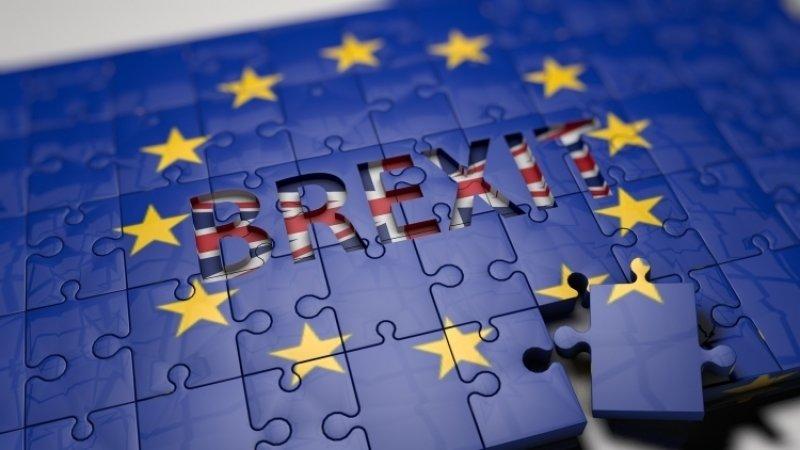 Европейские послы согласились отложить Brexit