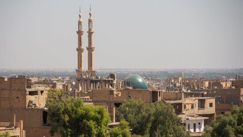 Требования Сирии к США покинуть нефтяные объекты в Дейр-эз-Зоре справедливы — эксперт