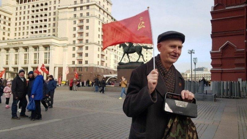Как коммунисты Ильича с днем Комсомола поздравляли