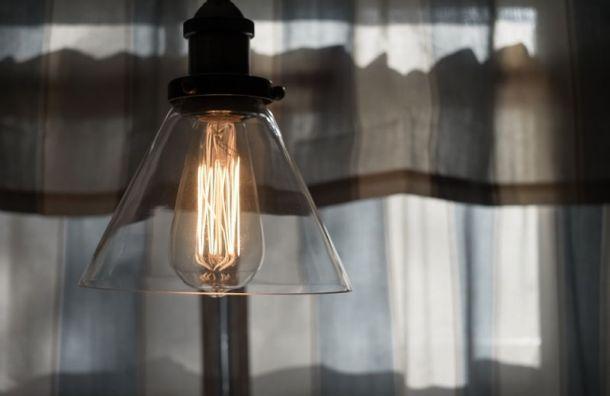 Жителям домом на проспекте Ударников вернули свет за три часа