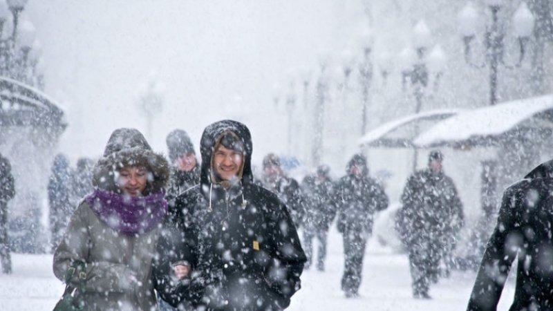 МЧС предупреждает петербуржцев об усилении ветра и метели