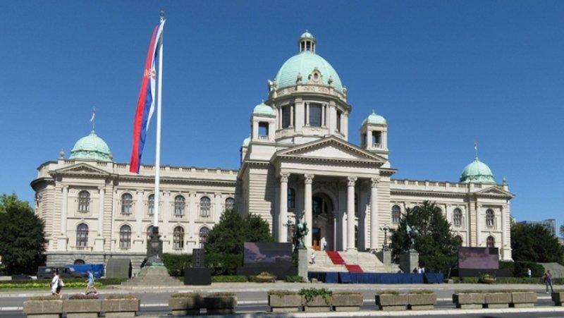 Сербский политик рассказал о давлении НАТО на Белград