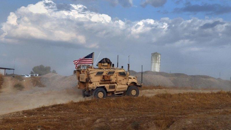 Эксперт развенчал блеф США о передаче курдам средств от продажи украденной у Сирии нефти
