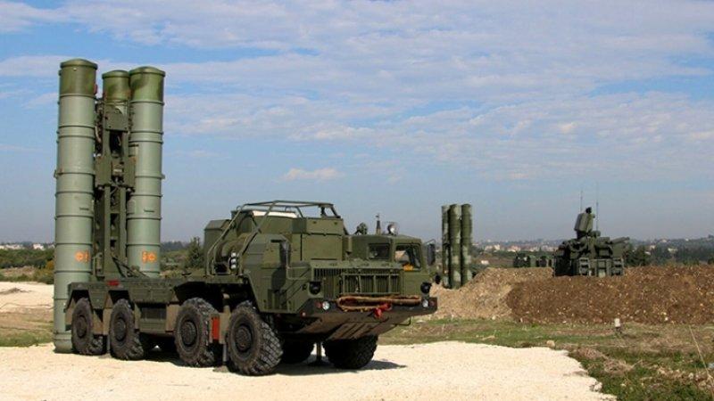 Турция намерена использовать российские С-400, несмотря на угрозу санкций США