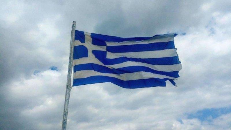Антиамериканская демонстрация в Афинах собрала не менее 20 тысяч человек