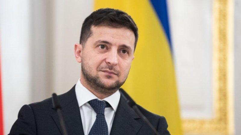 Зеленский ограничивает украинцев в общении с Россией, заявили в Раде