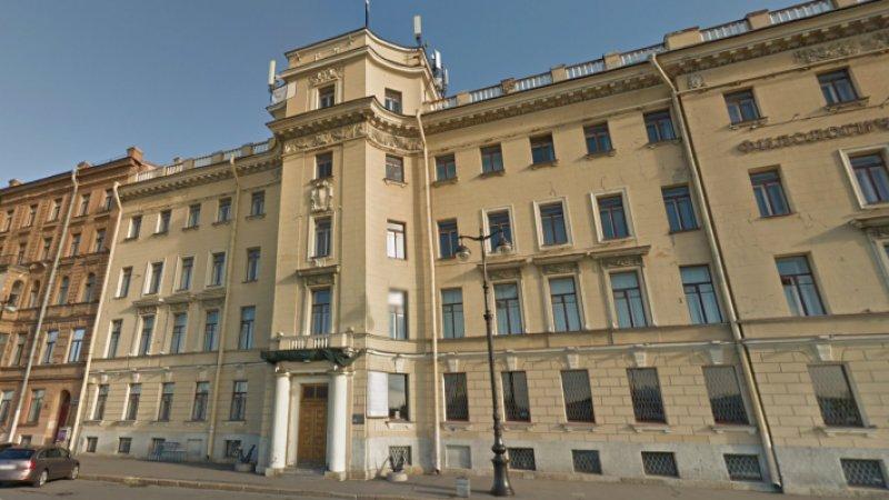 Алкоголь в стенах СПбГУ незаконно продавали, когда его возглавлял нынешний ректор РГПУ