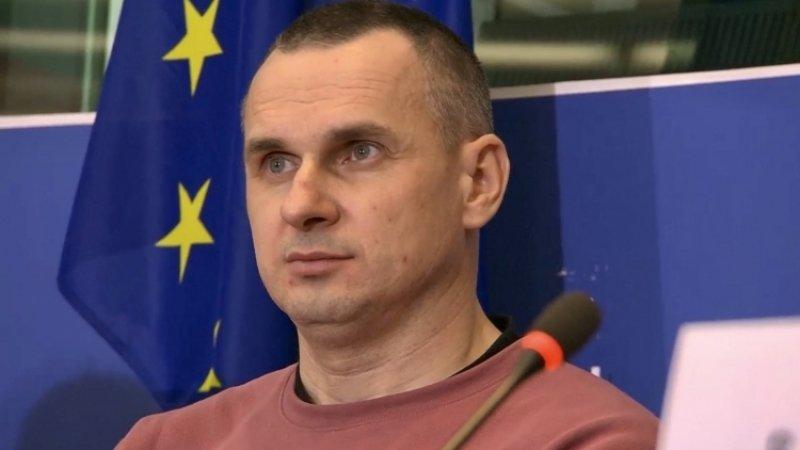 Сенцов в Европарламенте потребовал вернуть Украине атомную бомбу