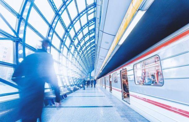 Новые станции петербургского метро смогут разрисовать молодые художники